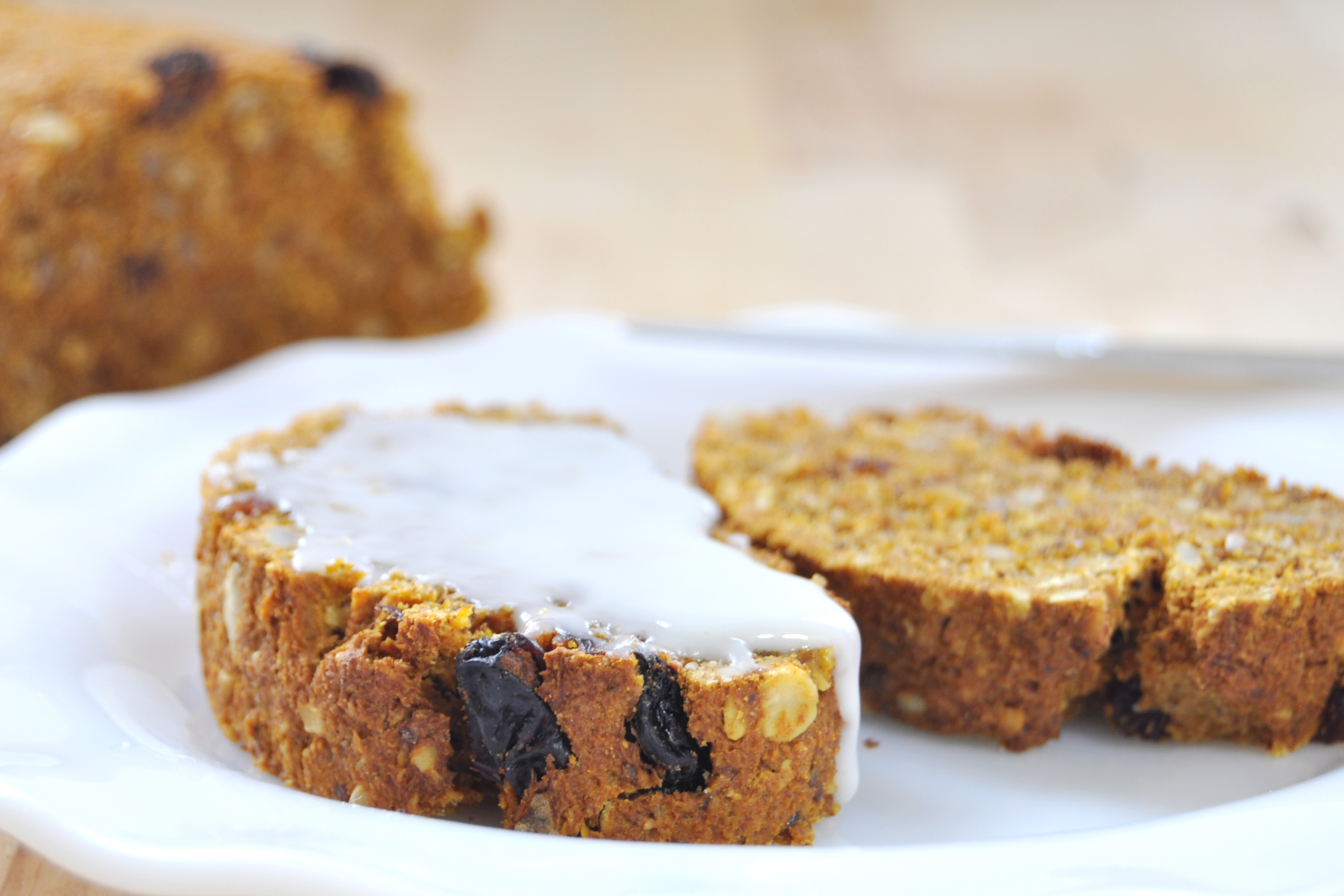 Cinnamon Raisin (Juice Pulp!) Carrot Bread - The Colorful Kitchen