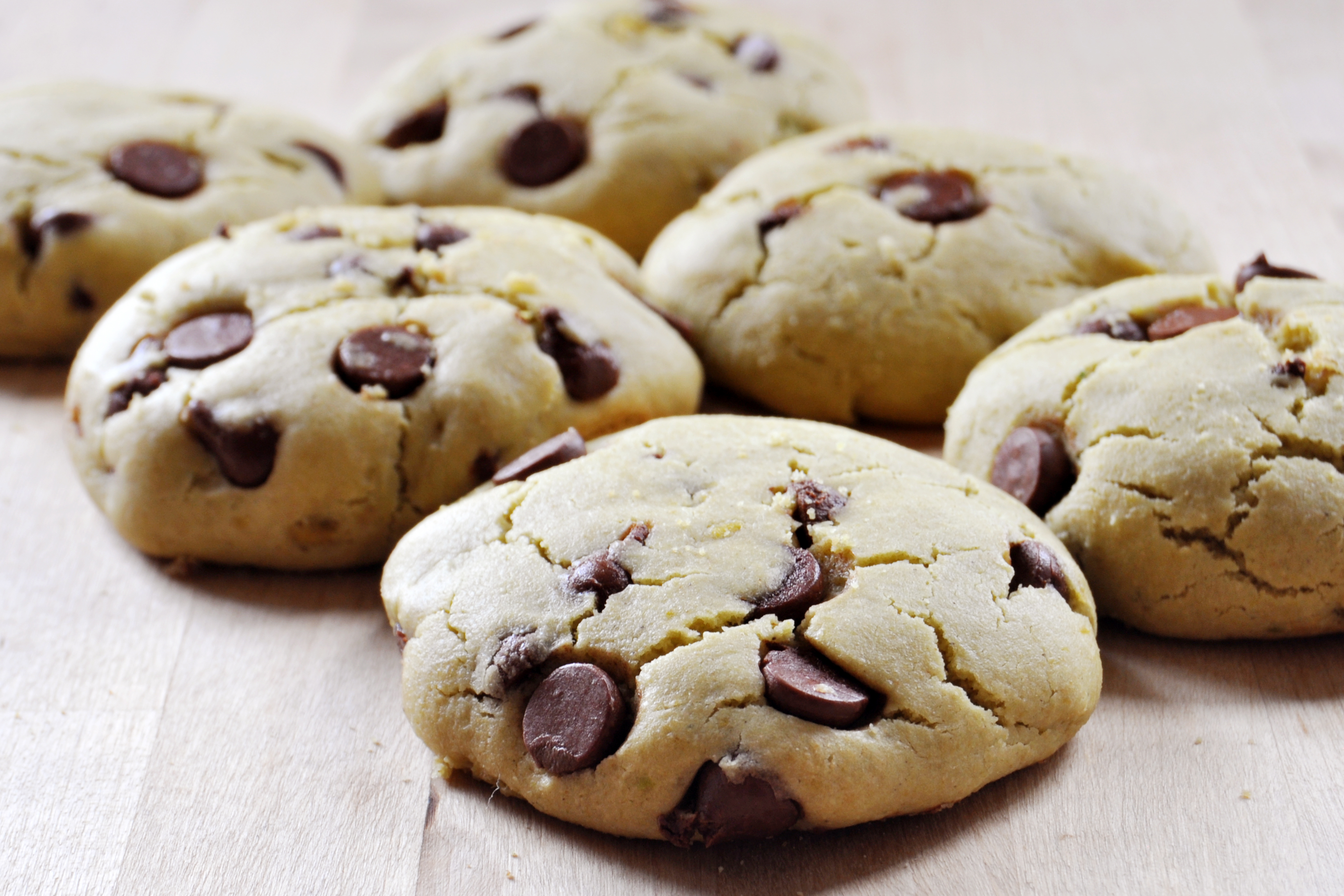 Vegan Avocado Chocolate Chip Cookies - The Colorful Kitchen