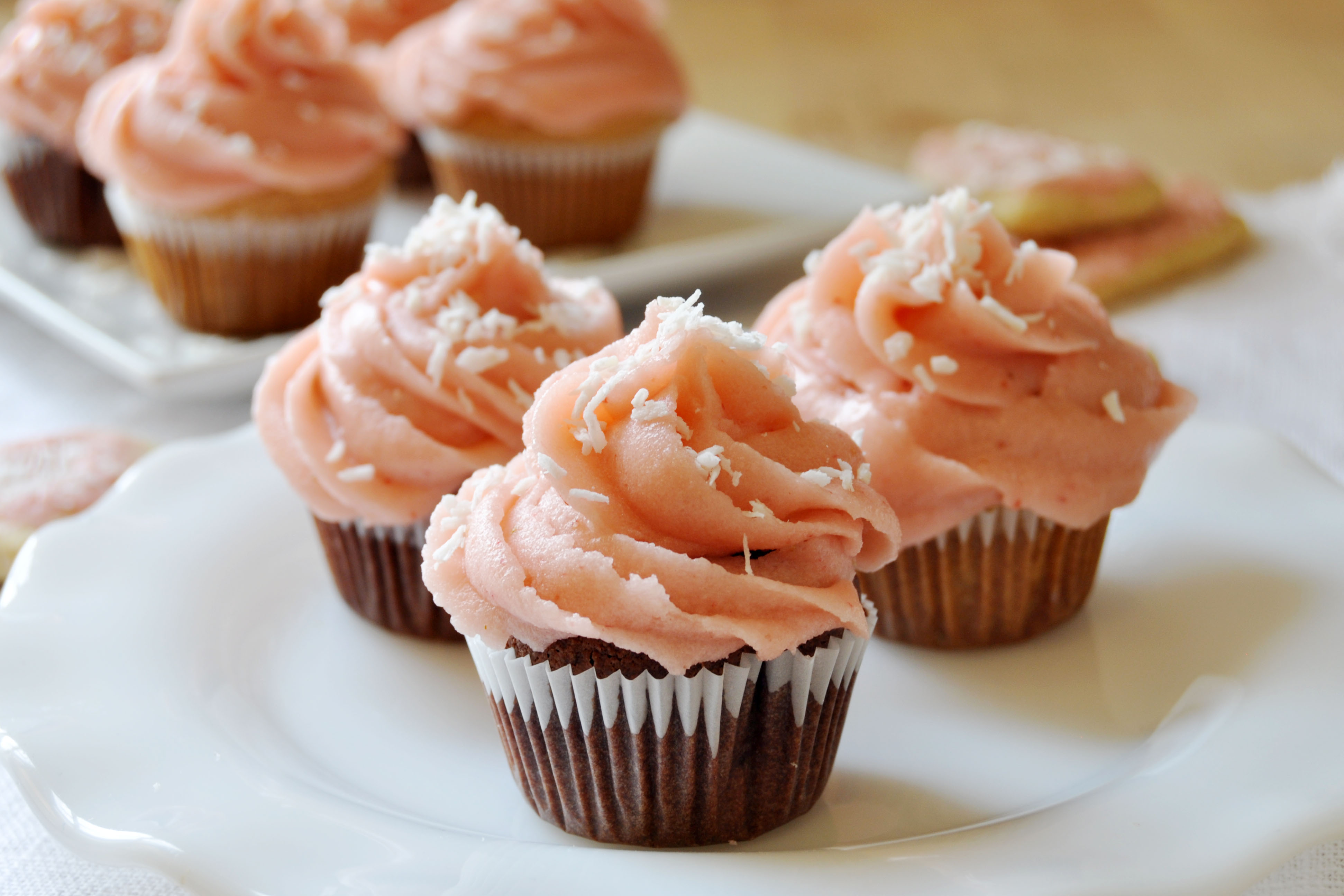 Valentine's Day Cupcakes with Strawberry Icing, Vegan + Gluten-Free ...