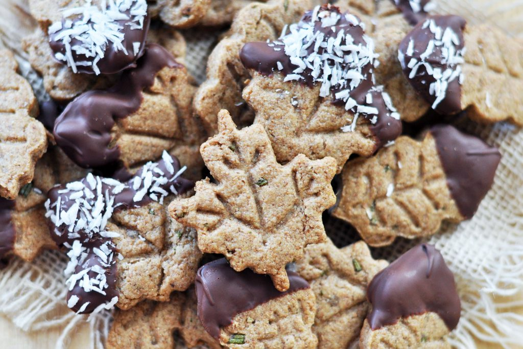 Vegan Rosemary-Tahini Thanksgiving Cookies